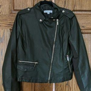 Olive green moto jacket for non biker chics!!